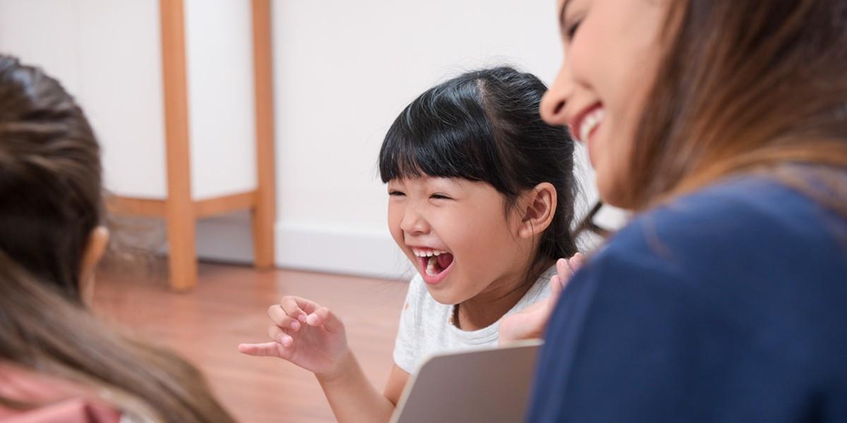 6 Tahap Perkembangan Membaca pada Anak dan Remaja