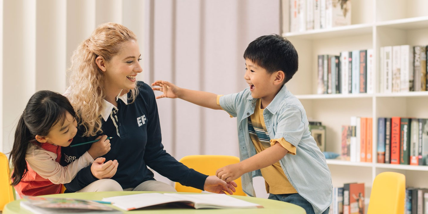 A DAY IN THE LIFE OF A TEFL TEACHER