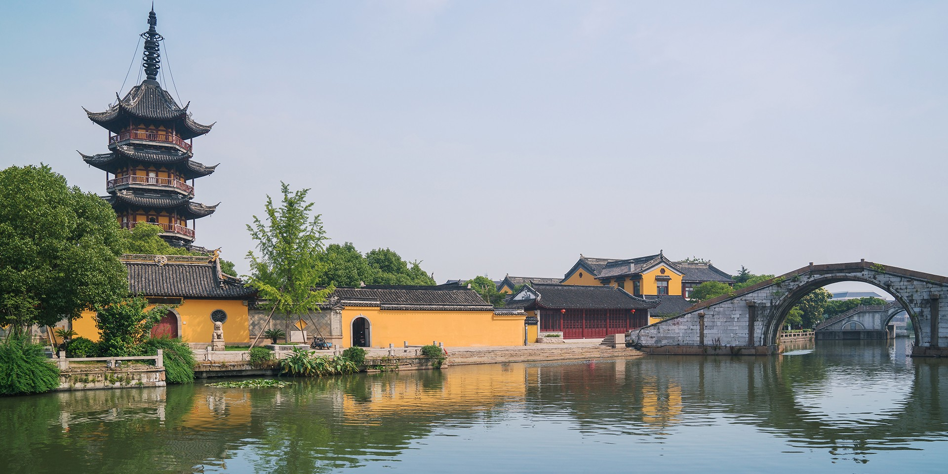 teach English in Huzhou