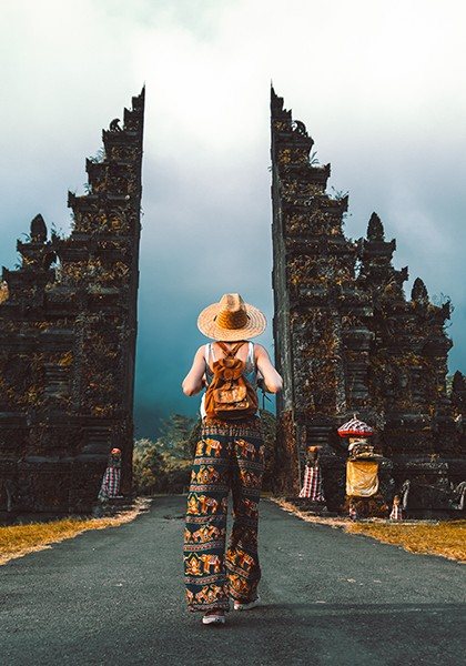 teach and travel in Indonesia