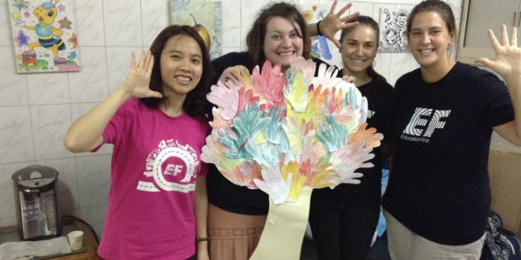 EF REACH COMMUNITY SERVICE IN CHINA