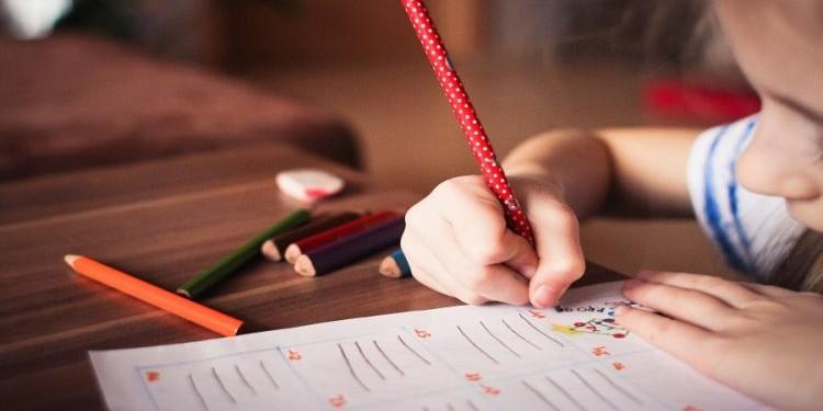 Вашим детям непросто даются иностранные языки? Тогда эта статья для вас!