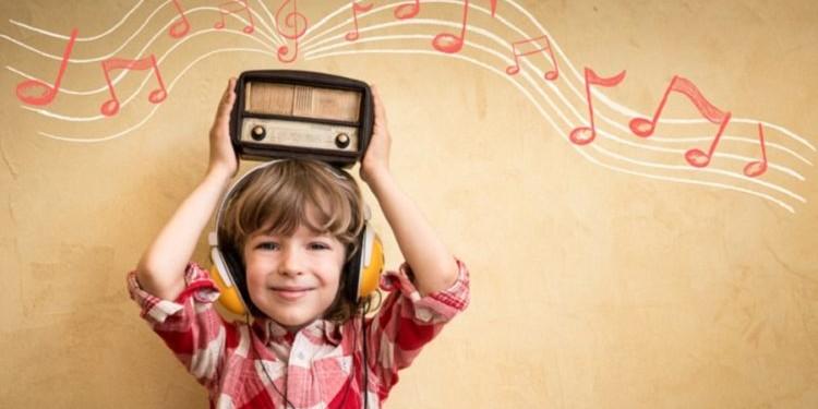 «Делай громче!», или как быстрее выучить язык при помощи музыки