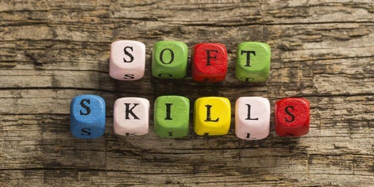 Как внеклассные занятия детей развивают их коммуникативные навыки