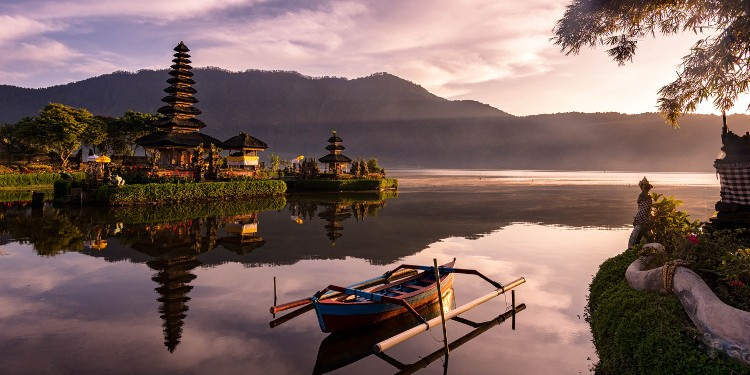 BEST THINGS ABOUT TEACHER TRAVELING IN INDONESIA