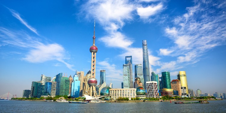 WHAT DO YOU NEED TO KNOW IF YOU WANT TO WORK IN CHINA?