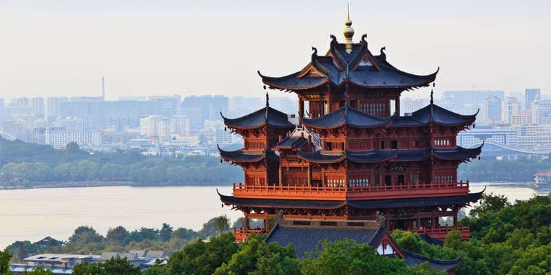 9 REASONS TO LIVE IN A SMALLER CHINESE CITY